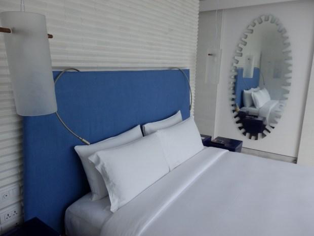 BAY SUITE: BEDROOM