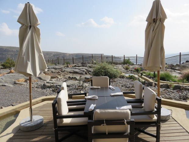 JUNIPER RESTAURANT: TERRACE