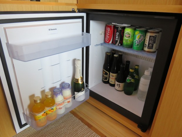 SORA SUITE: COMPLIMENTARY MINIBAR