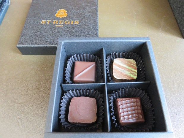 GRAND DELUXE PREMIER ROOM: WELCOME CHOCOLATES