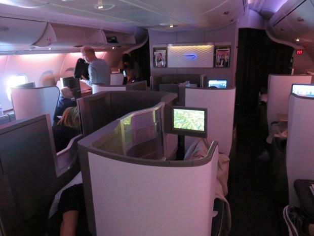BUSINESS CLASS: UPPER DECK (IN FLIGHT)