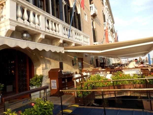 HOTEL EXTERIOR: CANAL GRANDE FACADE