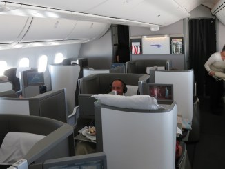 The A350 vs B787 Dreamliner: which plane is best? - the