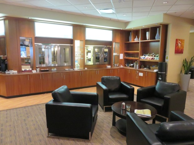 SWISSPORT CHINOOK LOUNGE
