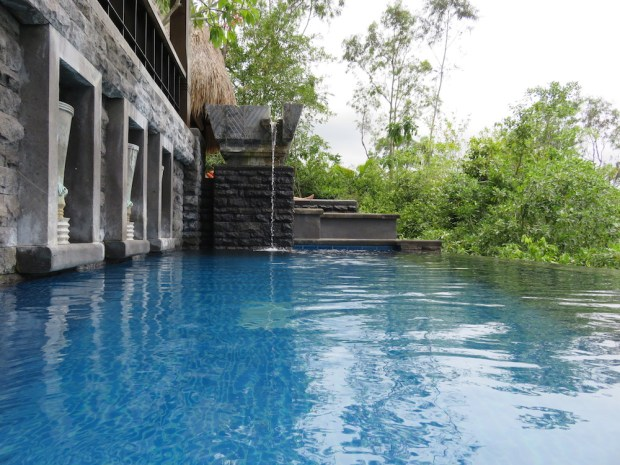OCEAN PANORAMIC VILLA: INFINITY POOL
