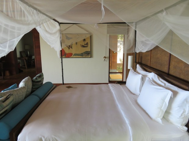 PAYSON POOL VILLA: BEDROOM