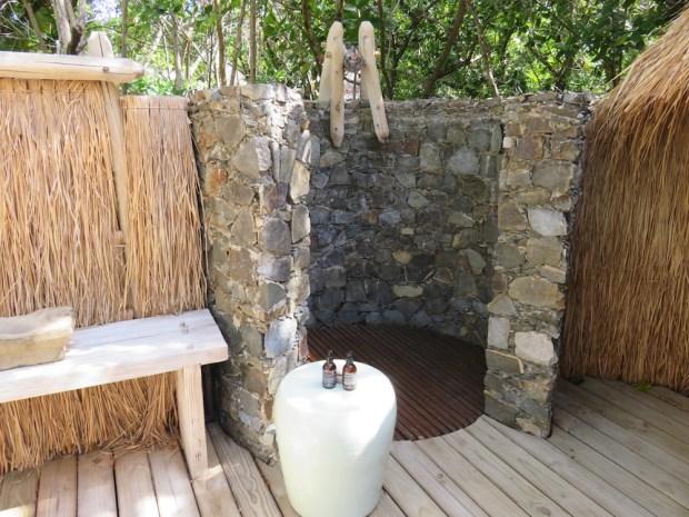 PRESIDENTIAL VILLA: BATHROOM