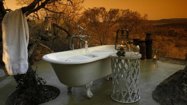 MADIKWE HILLS PRIVATE GAME LODGE, NORTH WEST PROVINCE