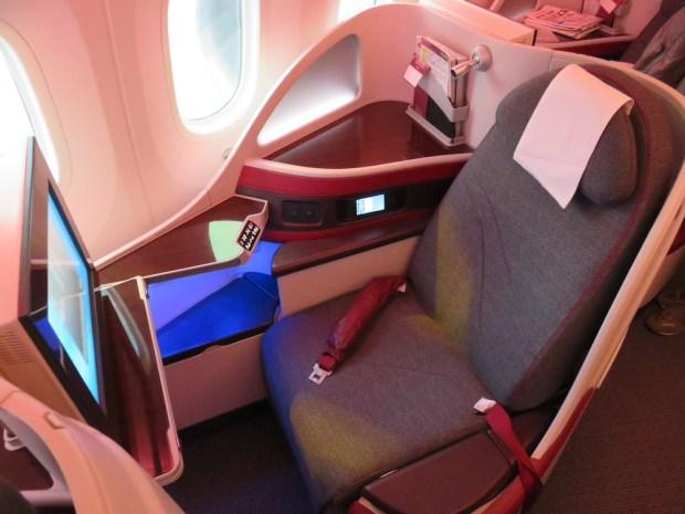 BUSINESS CLASS SEAT 4K