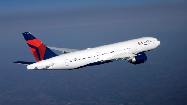 DELTA AIR LINES B777 - ATLANTA TO JOHANNESBURG