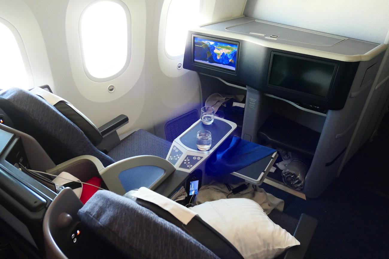 United Airlines B787 9 Polaris Business Class Paris To San Francisco