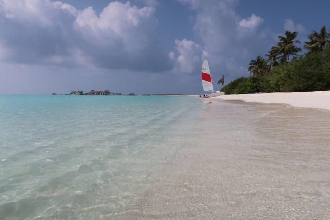 MEDHUFARU ISLAND: NORTH BEACH