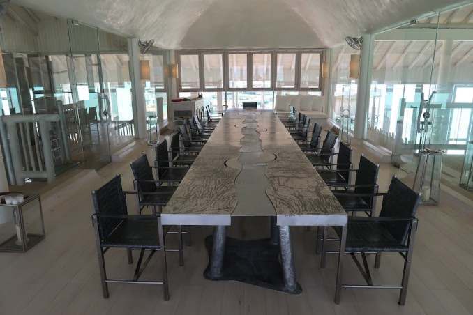 THE GATHERING: MEETING ROOM