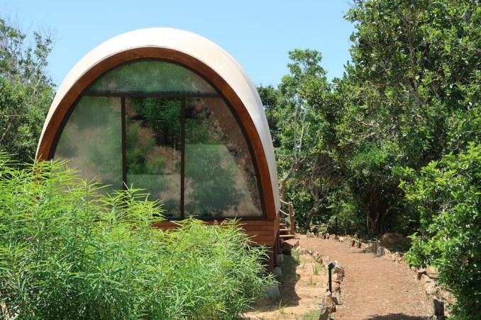 WILD COAST TENTED LODGE: COCOONS