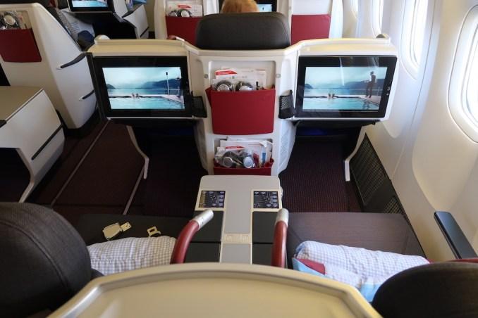 AUSTRIAN AIRLINES B777 BUSINESS CLASS SEAT