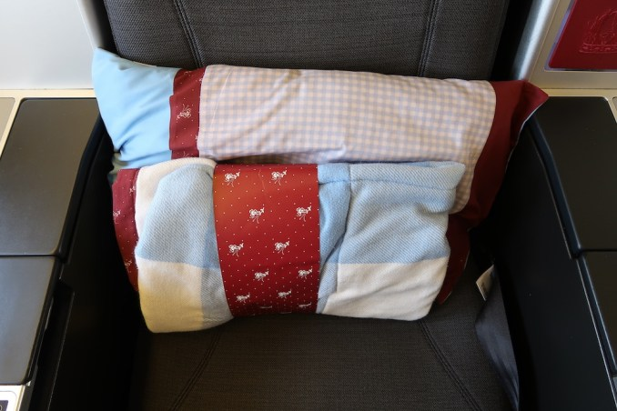 AUSTRIAN AIRLINES BUSINESS CLASS BLANKET & PILLOW