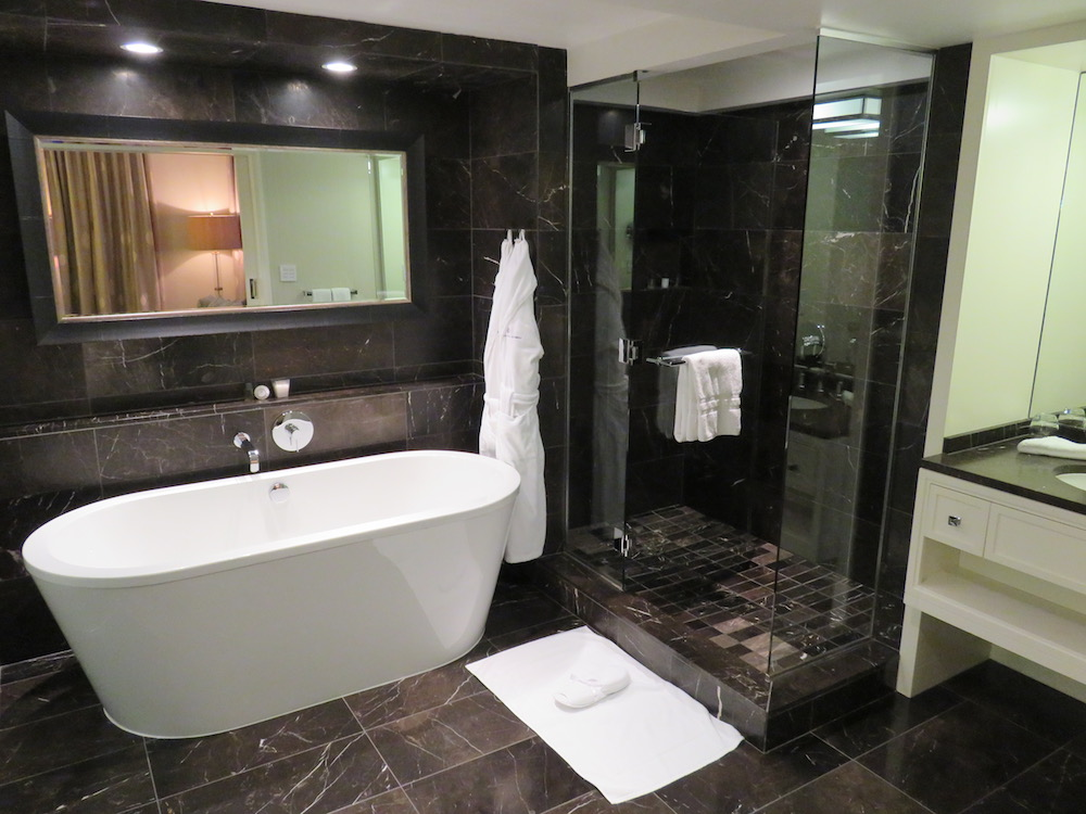Review of Rosewood Hotel Georgia, Vancouver (Canada) - the