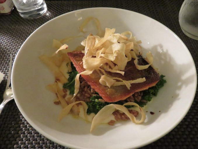 ROSEWOOD HOTEL GEORGIA: IN-ROOM DINING