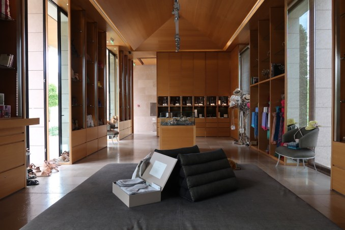 AMANZOE CENTRAL PAVILION: BOUTIQUE SHOP