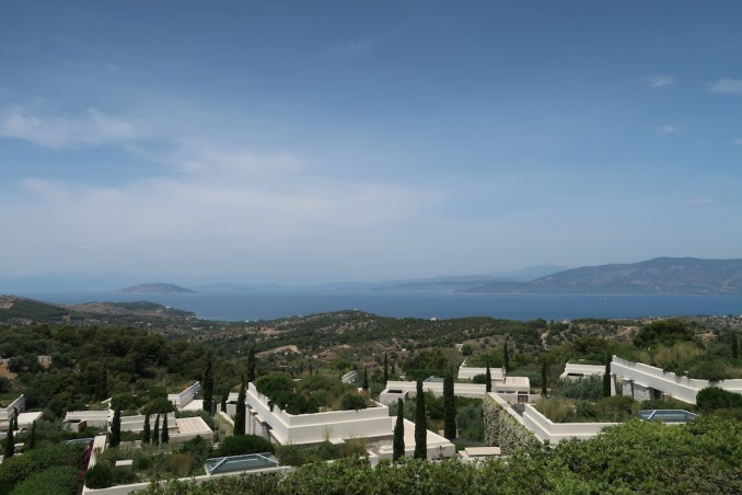 AMANZOE CENTRAL PAVILION: TERRACE & VIEWS