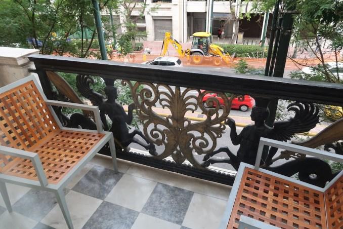 HOTEL GRANDE BRETAGNE: DELUXE ROOM - BALCONY