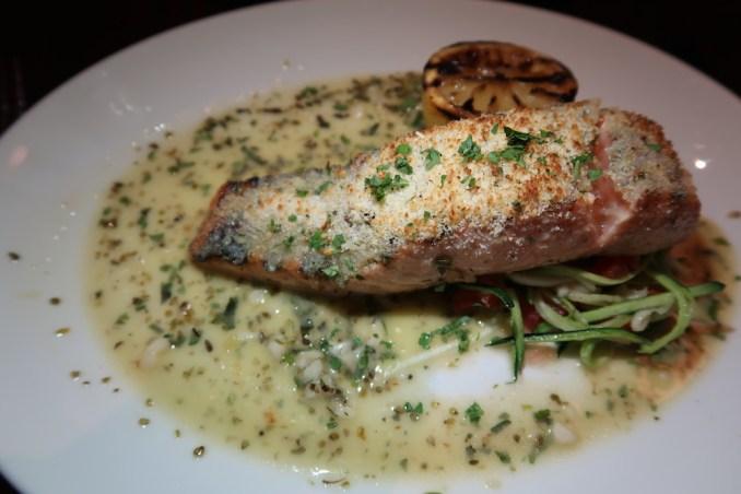 MARINA BAY SANDS: SANDS SKYPARK - DINNER AT LAVO RESTAURANT