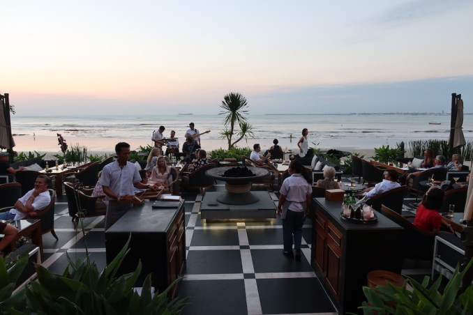 SUNDARA BEACH CLUB - DINNER