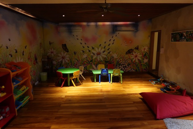 FOUR SEASONS SAYAN: KIDS CLUB