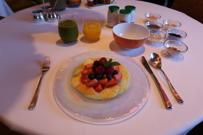 HOTEL TWENTYSEVEN: BREAKFAST