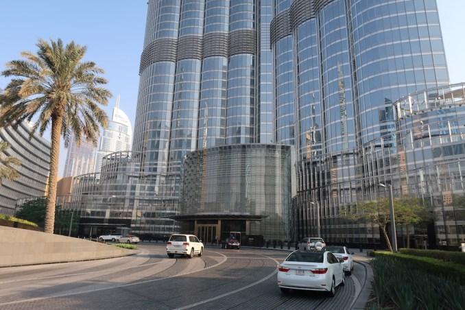 ARMANI HOTEL DUBAI: ENTRANCE