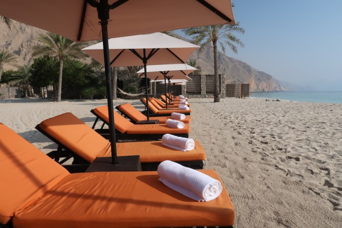 SIX SENSES ZIGHY BAY: MAIN BEACH CLUB