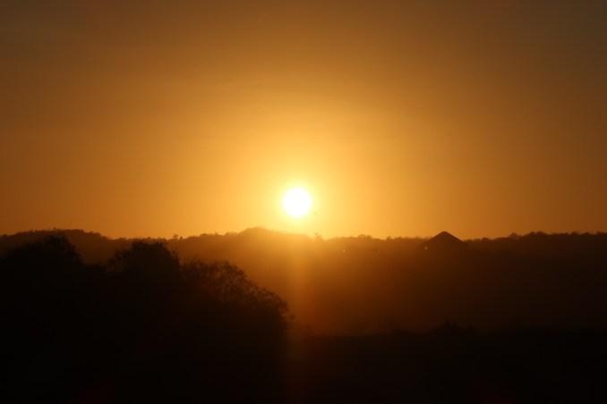 BANYAN TREE UNGASAN: SUNSET