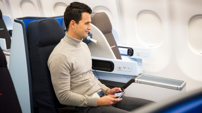 FLYING BUSINESS CLASS ONBOARD A KLM A330