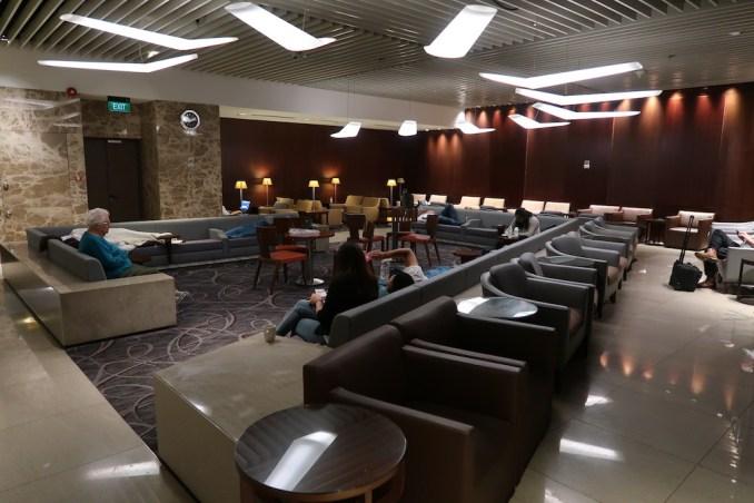 SILVERKRIS LOUNGE AT CHANGI AIRPORT