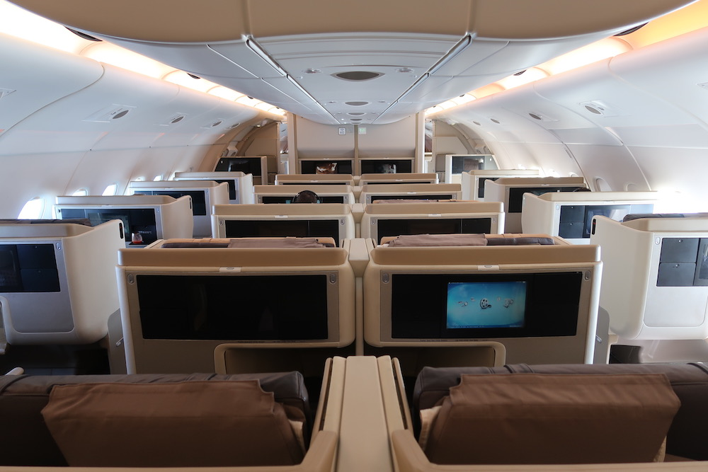 Review: Singapore Airlines A380 Business Class - Singapore to London