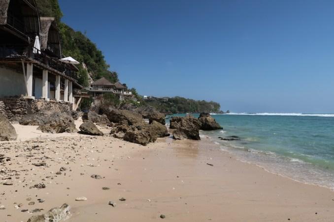 ANANTARA ULUWATU: BEACH