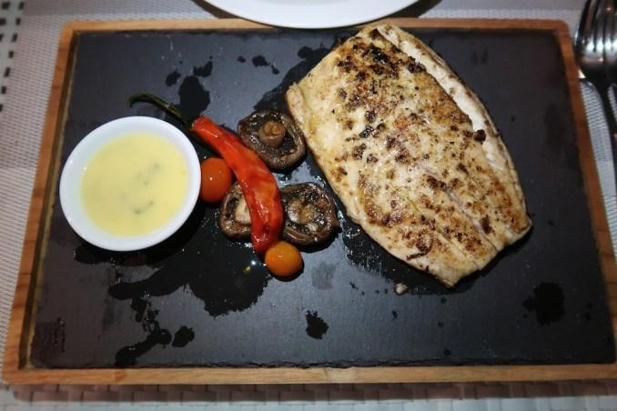 ANANTARA ULUWATU: DINNER AT SPLASH RESTAURANT