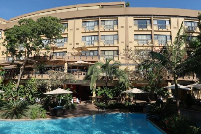 SERENA KIGALI HOTEL: SWIMMING POOL