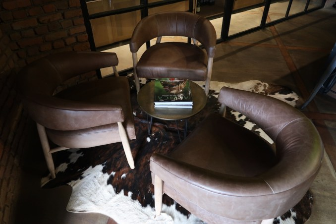 BISATE LODGE: MAIN PAVILION - WINE CELLAR