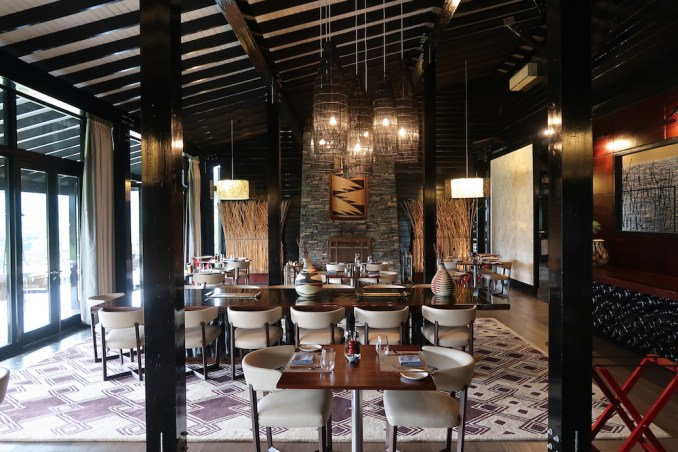 ONE&ONLY NYUNGWE HOUSE: MAIN PAVILION- DINING ROOM