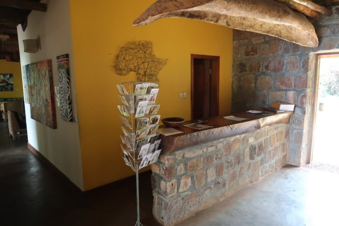 RUZIZI TENTED LODGE: RECEPTION AREA