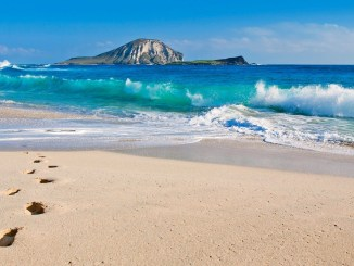 BEST BEACH DESTINATIONS IN THE WORLD