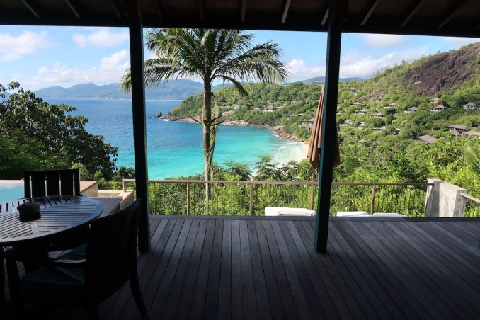 FOUR SEASONS SEYCHELLES: OCEAN VIEW VILLA - TERRACE