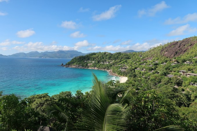 FOUR SEASONS SEYCHELLES: OCEAN VIEW VILLA - TERRACE (VIEW)
