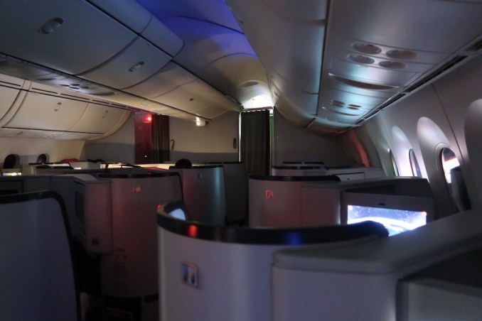 AVIANCA B787 BUSINESS CLASS CABIN (MOOD LIGHTING)