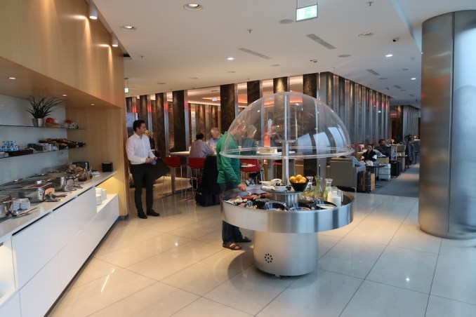 AIR CANADA MAPLE LEAF LOUNGE AT FRANKFURT AIRPORT