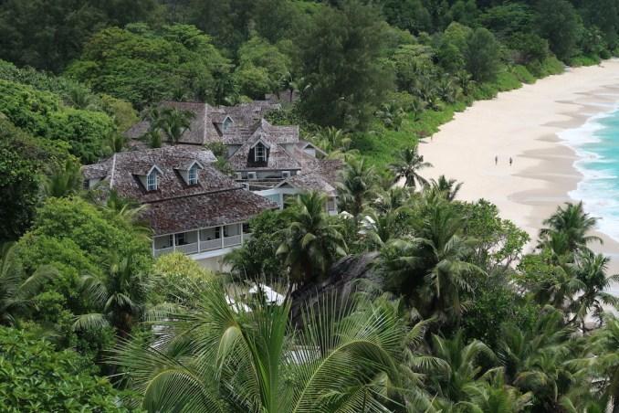 BANYAN TREE SEYCHELLES: ANSE INTENDANCE BEACH