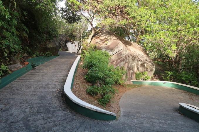 BANYAN TREE SEYCHELLES: PATHWAY TO VILLAS