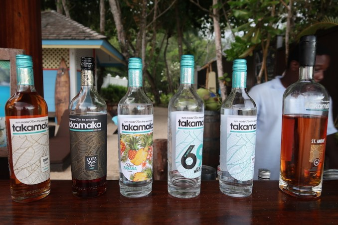 BANYAN TREE SEYCHELLES: RUM SHACK ON ANSE INTENDANCE