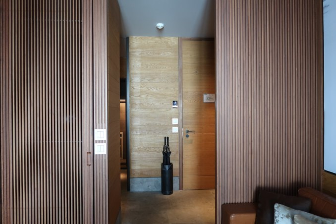 THE CHEDI ANDERMATT: DELUXE ROOM (ENTRANCE)